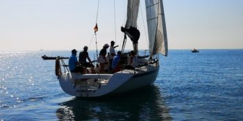 6 hour sailing tour in Barcelona with lunch