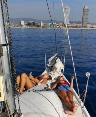 2hr barcelona sailing tour