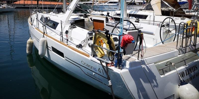 8-12 passengers luxury boat