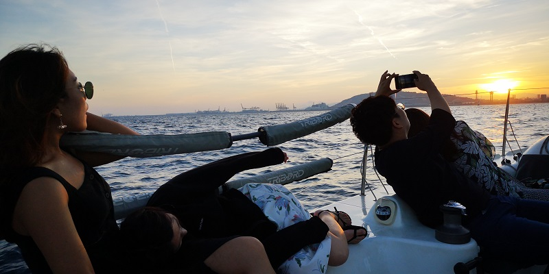 Shoot your best photos during the Barcelona Sail Boat Photo Experience